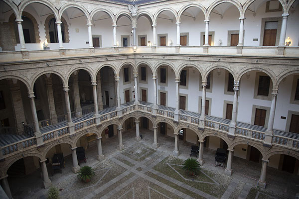 The courtyard of the palace seen from the top floor | Palazzo dei Normanni | Italy