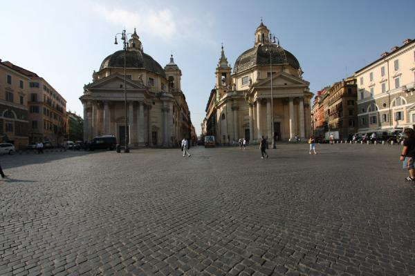 Picture of Piazza del Popolo (Italy): Tridente: from left to right: via del Babuino, del Corso and di Ripetta