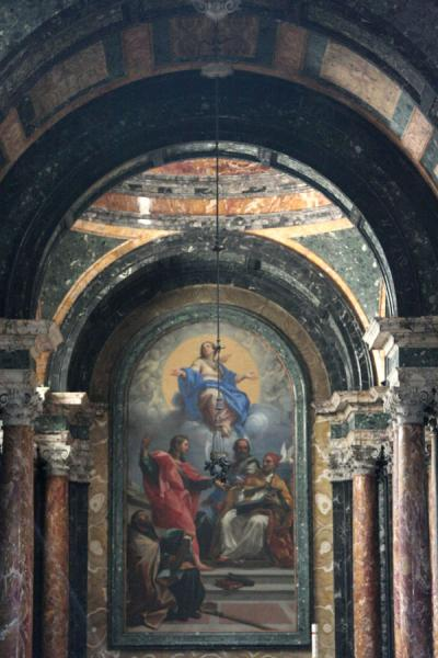 Picture of Piazza del Popolo (Italy): Painting in the Baptistery in Santa Maria del Popolo