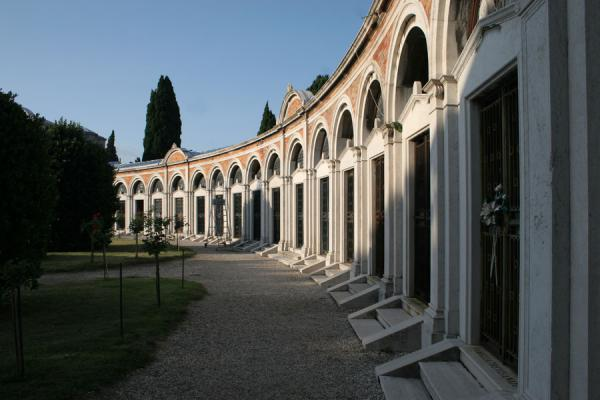 Picture of San Michele Cemetery (Italy): San Michele cemetery: circle of mausolea at the entrance