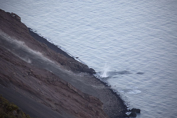 Rocks tumbling down the Sciara del Fuoco inevitably end up in the Tyrrhenian Sea | Stromboli | Italia