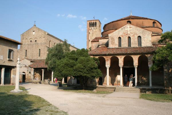 Picture of Torcello: town square with Santa Fosca church and Santa Maria Assunta Cathedral