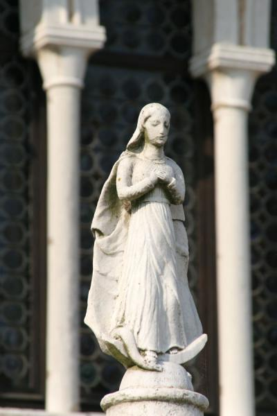 Statue on main square of Torcello | Torcello | Italy