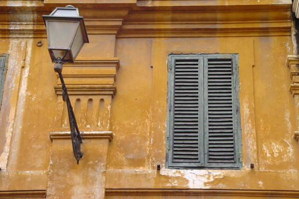 Close-up of a window | Trastevere | Italy