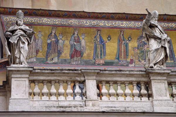 Mary and ten virgins on the facade of Sta. Maria in Trastevere church | Trastevere | Italy