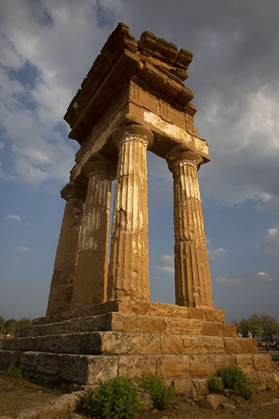 The four remaining standing columns of the Temple of the Dioscuri | Valley of the Temples | Italy
