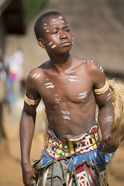 Photo de Initiated young man with painted bodyGboni - Côte d'Ivoire