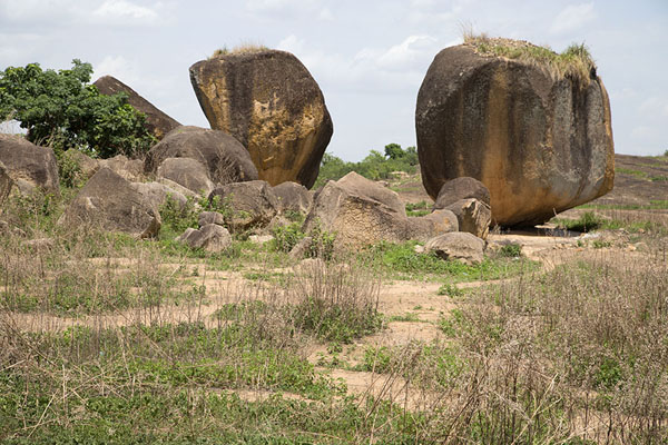 The boulders at the sacrificial site near Mont Sienlow | Korhogo | Ivoorkust