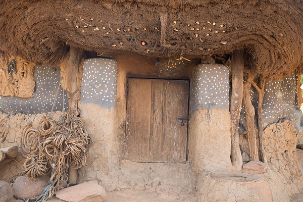 View of the entrance of the house of fetish Diby | Niofoin | Côte d'Ivoire