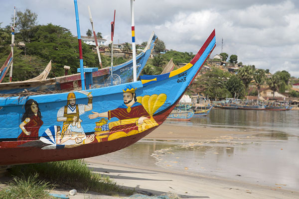 Bows of Ghanaian fishing boats on the shoreline of the Sassandra river | Sassandra | Costa Marfil