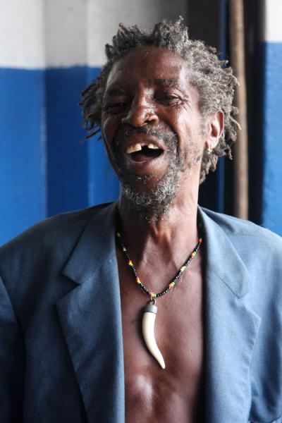 Photo de Jamaican man posing for the pictureJamaïquains - Jamaique