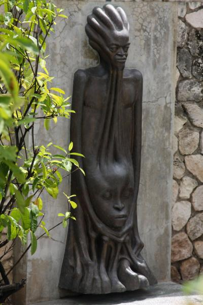 Picture of Statue at the monument for Norman Manley