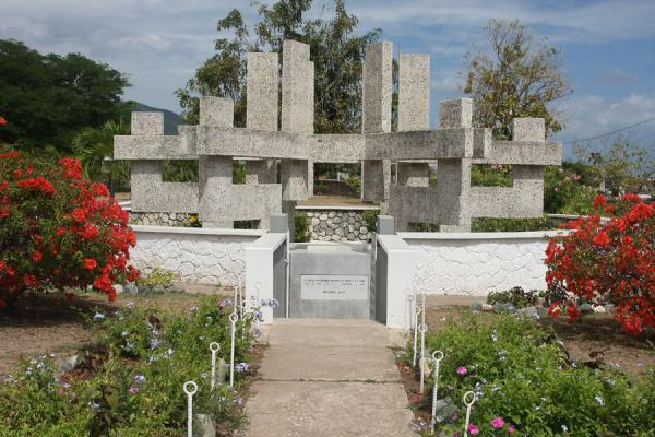Monument and tomb for Norman Manley | National Heroes Park | Jamaica