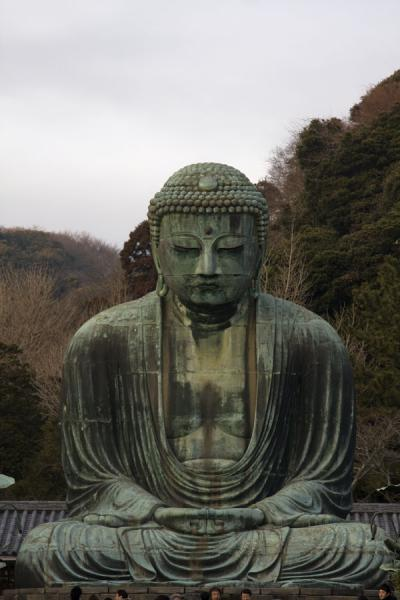 Photo de Probably the foremost sight of Kamakura: the Giant Buddha or Daibutsu - Japon - Asie