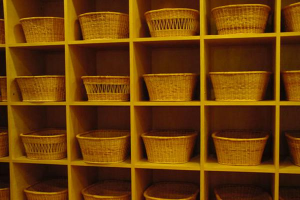 Neatly organized baskets for belongings and clothes | Onsen | Japan