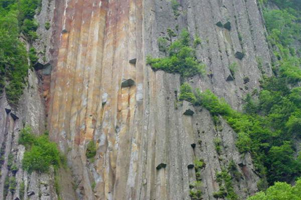 Picture of More strange rocks at the canyonSounkyo Canyon - Japan