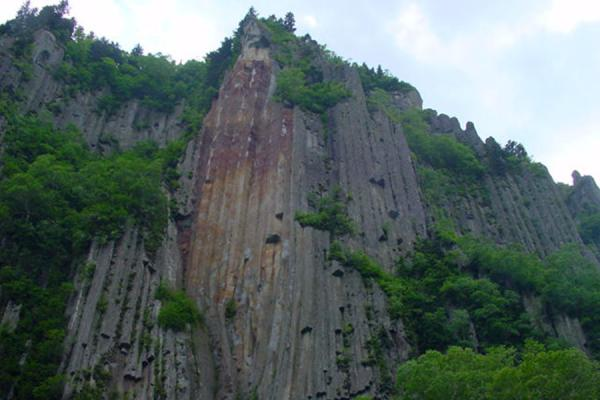 Picture of High cliffsSounkyo Canyon - Japan