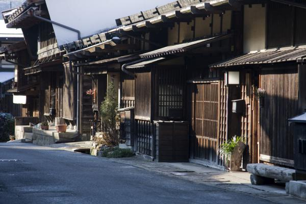 Early morning sun on wooden houses in the main street of Tsumago | Tsumago | Japan