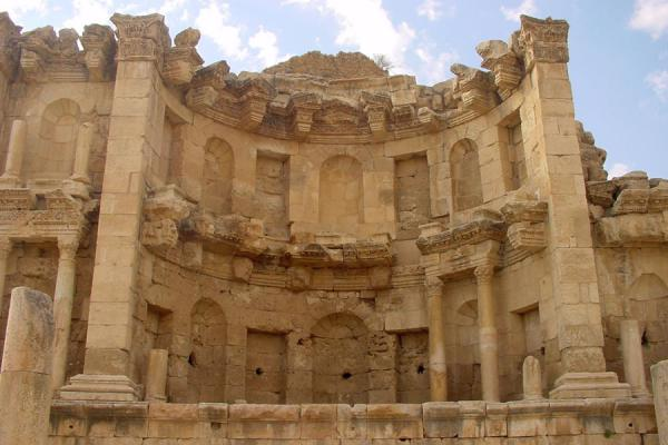 The Nymphaeum: once an enormous fountain | Jerash | Jordan