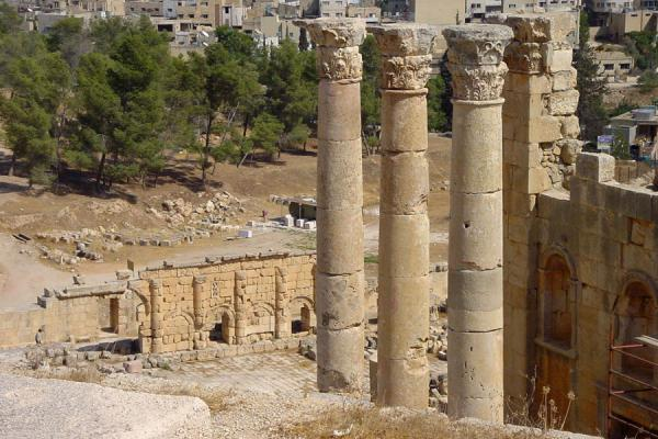 Temple of Zeus and modern Jerash in the background | Jerash | Jordan