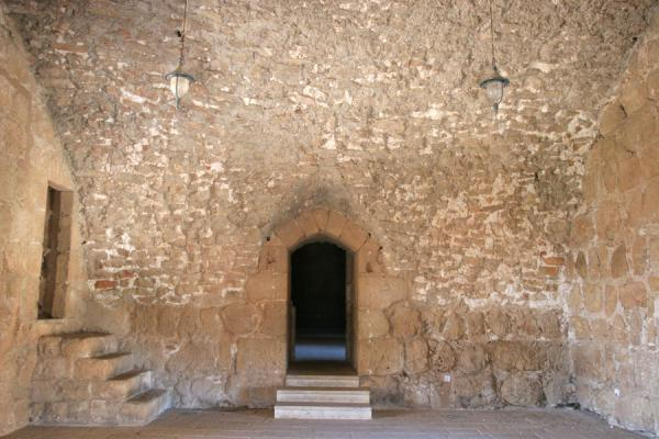 Inside one of the many halls of Qalat ar-Rabad or Ajloun Castle | Qalat ar-Rabad | Jordanië