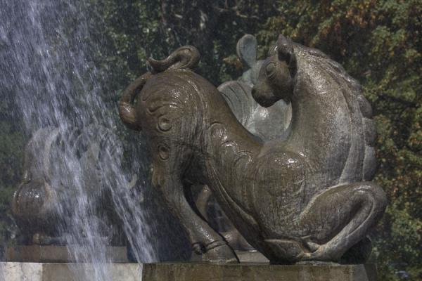 Horse with head turning towards the fountain | Zodiac Fountain | Kazakhstan