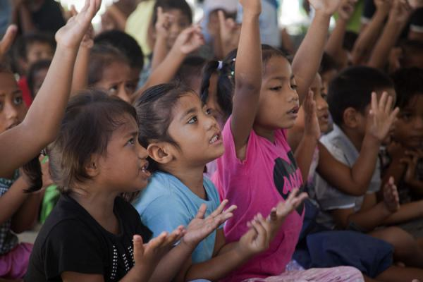 School kids singing in pre-school | Gente I-Kiribati | Kiribati