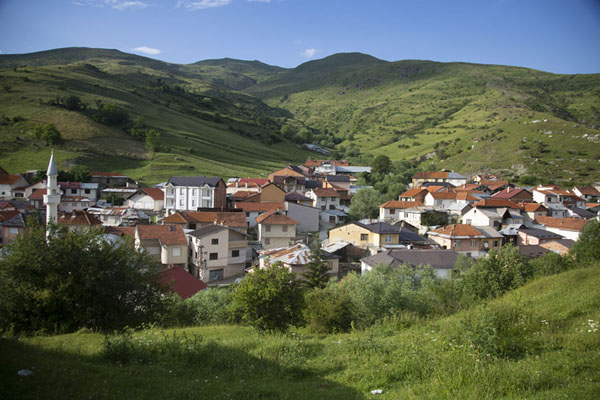 Foto di View of Brod lying in the green mountains - Kosovo - Europa