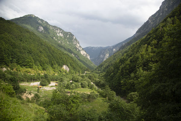 Photo de The central part of Rugova canyon in the early evening - Kosovo - Europe