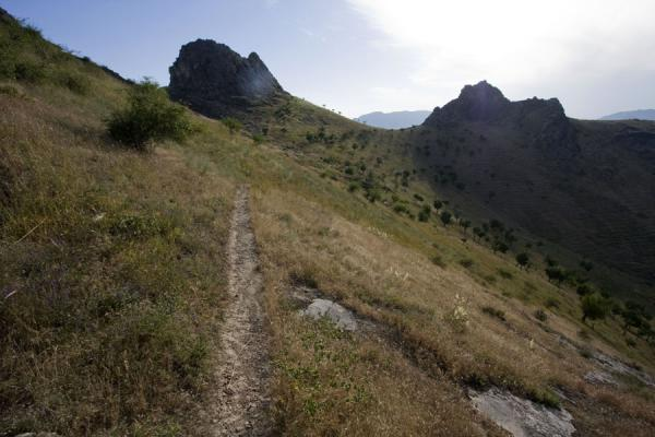 Footpath leading over Solomon Throne | Solomon Throne | Kyrgyzstan