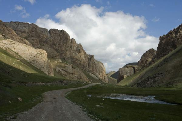 Valley leading to Tash Rabat | Tash Rabat | Kyrgyzstan