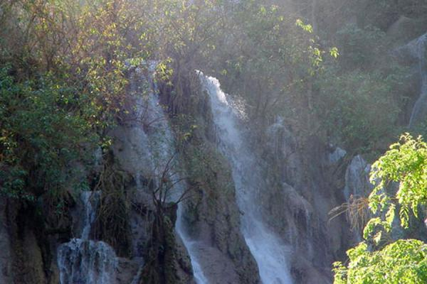 Picture of Top of the fallsKuangsi Falls - Laos