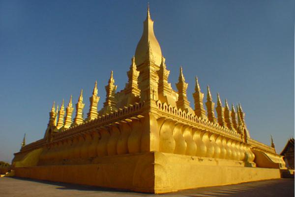 Picture of Overview of the templePhatatluang - Laos