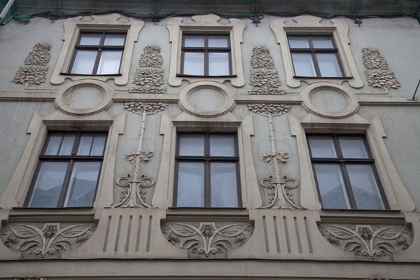 Foto van Building with decorated facade in the old town of RigaRiga - Letland