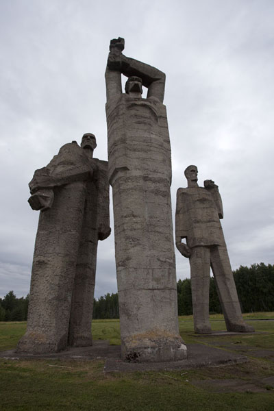 Looking up the three statues forming Solidarity | Salaspils concentration camp | Latvia