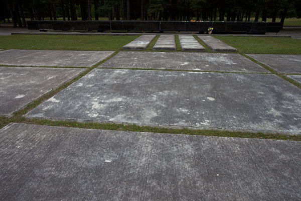Picture of Salaspils concentration camp (Latvia): An eternal heartbeat comes out of this memorial stone