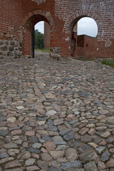Foto van Cobble stone street at the back of Turaida CastleSigulda - Letland