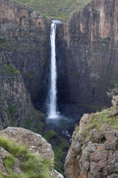 Picture of Looking at Maletsunyane Falls from Phororo viewpoint