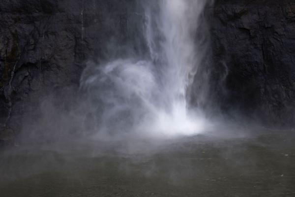 Picture of Maletsunyane Falls reaching the pool in a spray
