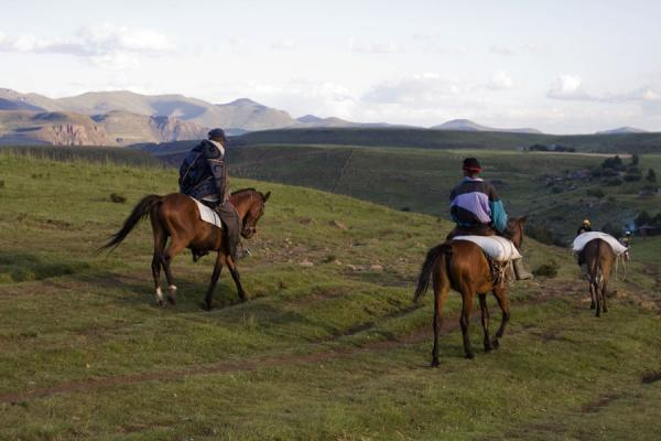 Foto van Horses are a popular way of transportation in Lesotho - Lesotho - Afrika