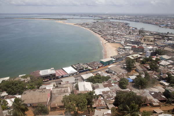 Foto di View towards West PointMonrovia - Liberia