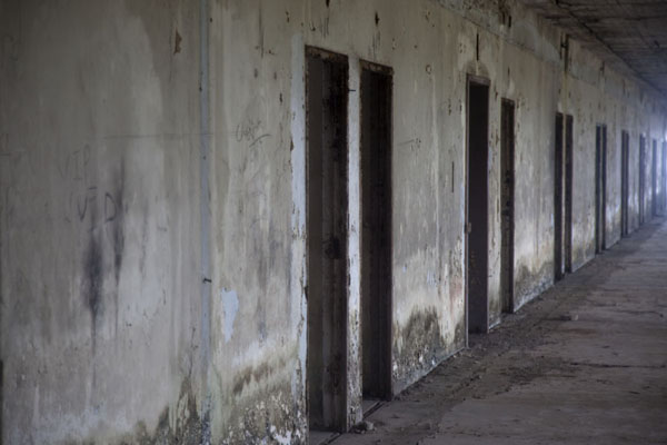 Picture of Ducor Palace Hotel (Liberia): Corridor with what once were 5-star hotel luxury rooms