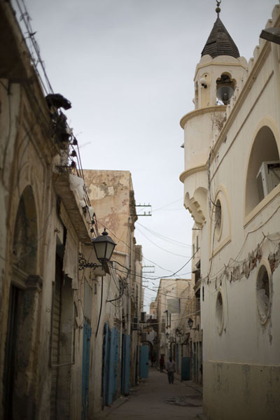 Street with minaret in the old part of Tripoli | Old Tripoli | Libya