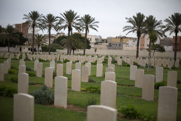View of the tombs of the Commonwealth section | Cimitero della Seconda Guerra Mondiale | Libia