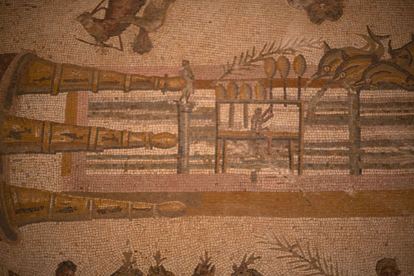 Detailed view of the lap-counter in the hippodrome mosaic in Villa Selene | Villa Selene | Libye
