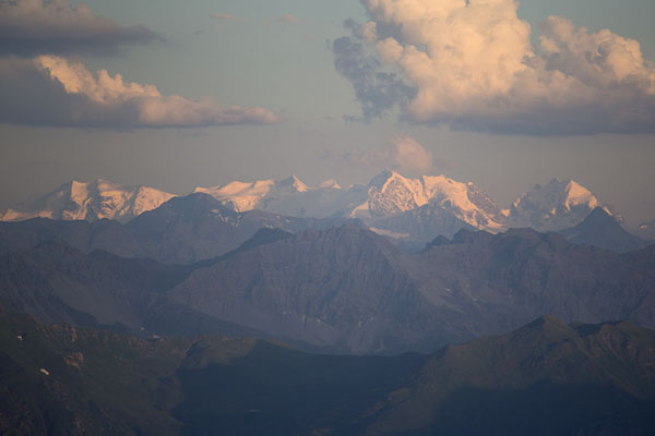 Foto de Snowy mountains in Austria seen from Naafkopf in the afternoonNaafkopf - Liechtenstein