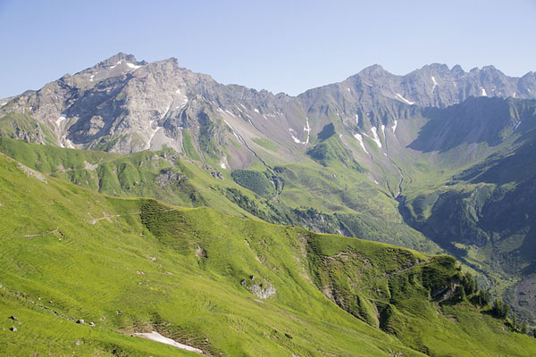 Picture of Range with the highest peaks of Liechtenstein, from left to right: Naafkopf, Schwarzhorn, Grauspitz and Falknis