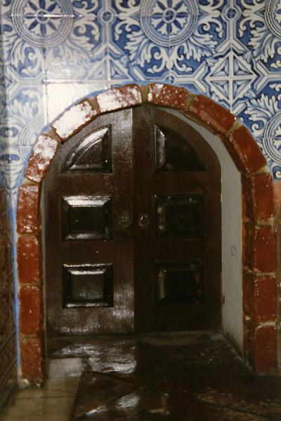 Foto de Door in Portuguese fortress/hotelMacau city - Macau