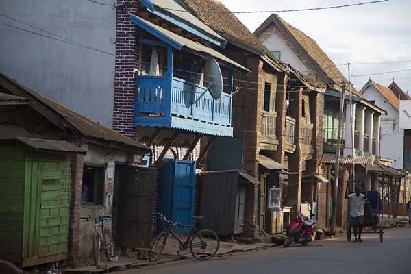 Picture of Ambalavao (Madagascar): The main street of Ambalavao in the afternoon