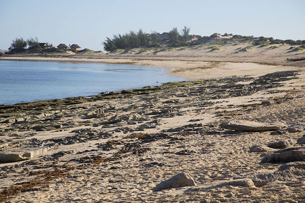 Foto van Main beach of Andavadoaka in the morning - Madagaskar - Afrika